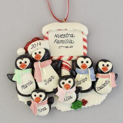 Penguin Family (6) Feliz Navidad personalized christmas Ornaments